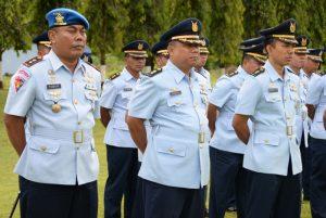 Pleton Pamen Lanud Adisutjipti saat mengikuti jalannya upacara HUT Kodiklatau Ke-71 di Lapangan Jupiter. (Dok. Pentak Adi Sutjipto)